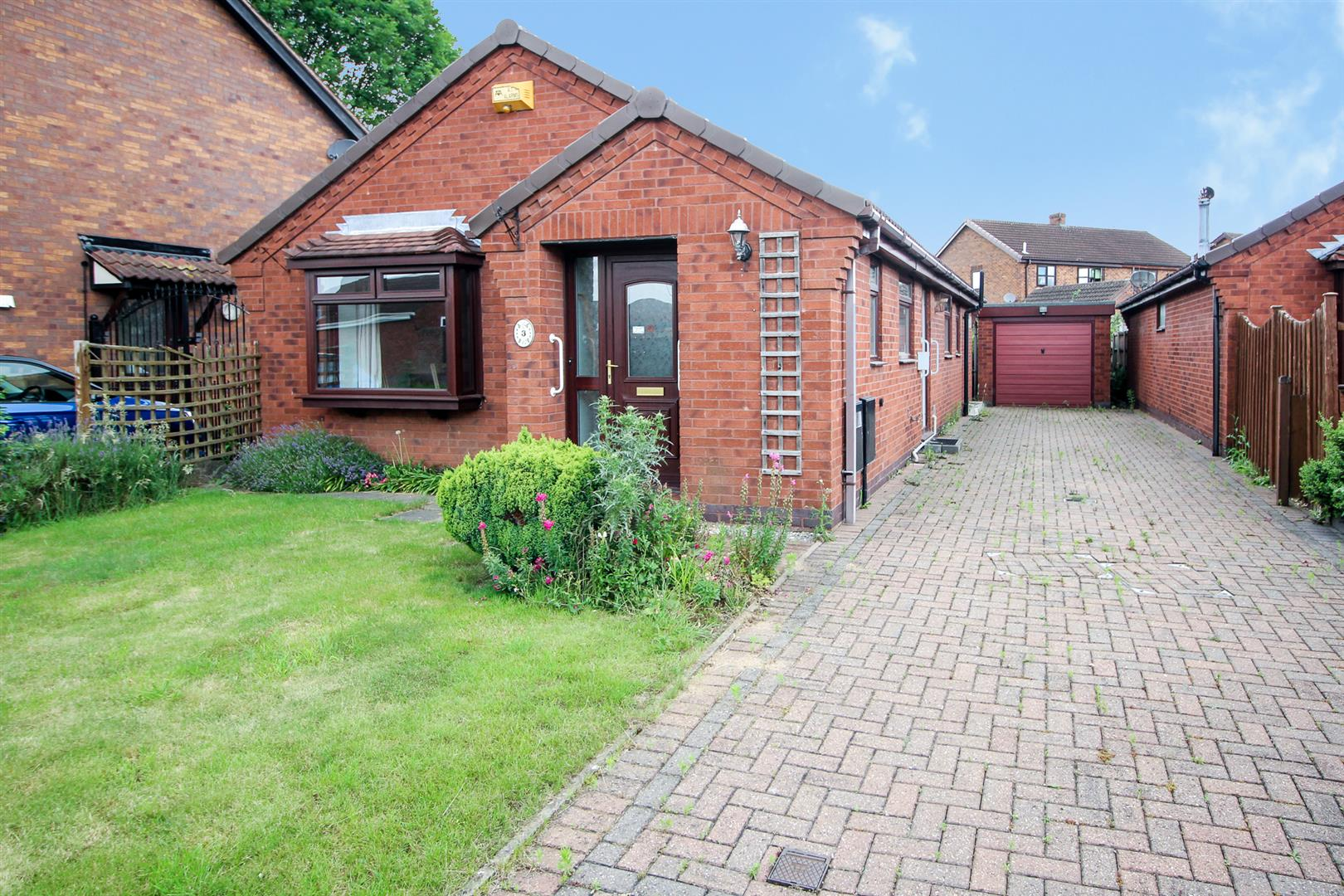 3 Bedrooms Bungalow for sale in Buttermead Close, Trowell